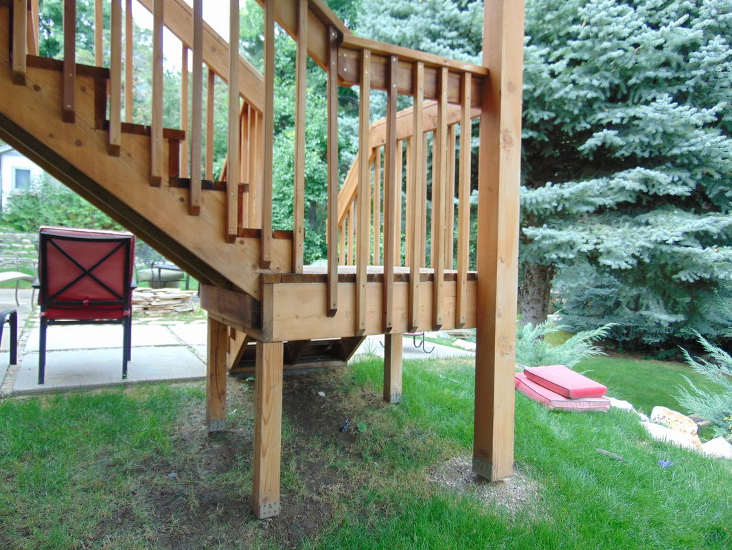 Redwood Deck Builder